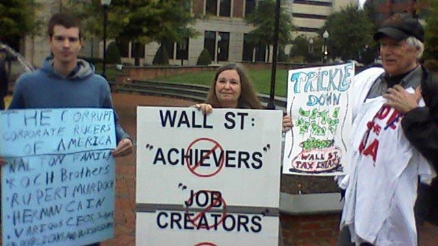 Occupy Spartanburg protesters come out in the rain in Spartanburg. (Oct. 13, 2011/FOX Carolina)