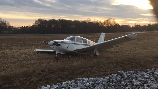 Plane emergency landing (Dec. 27, 2017/FOX Carolina)