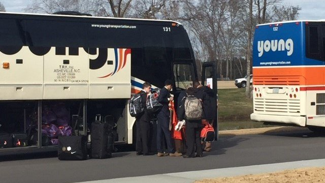 Clemson departs for the Sugar Bowl (Dec. 27, 2017/FOX Carolina)