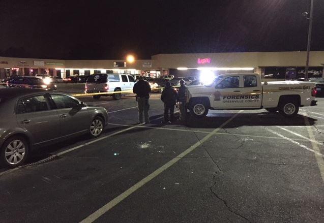 Deputies investigate shooting (Jan. 1, 2018/ FOX Carolina)