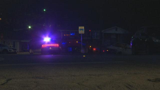 Manhunt scene in Greenville County (Jan. 5, 2018/FOX Carolina)