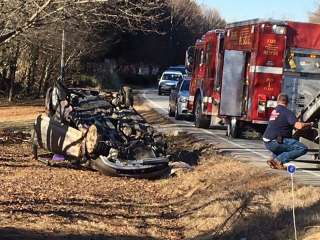 Rollover crash on Phillips Road (Jan. 19, 2018/FOX Carolina)