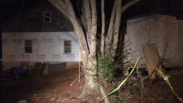 Fire crews respond to structure fire on Poinsett Street. (1/22/18 FOX Carolina)