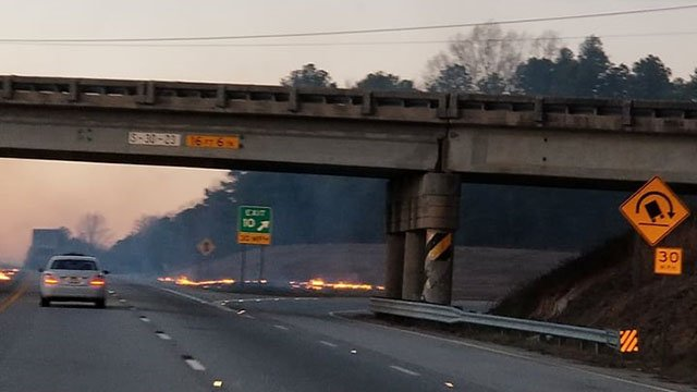 Fire along I-385 (Source: Christy Lanning)