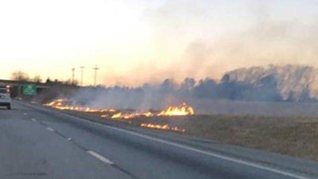 Fire along I-385 (Source: Steve Neely)
