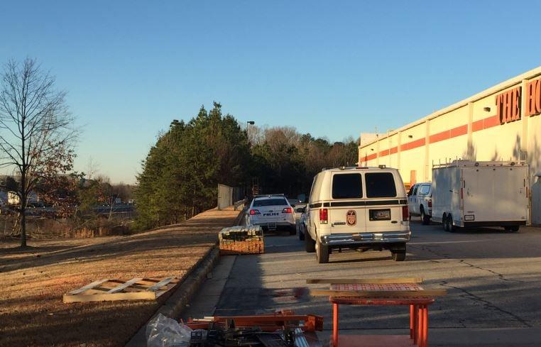 Death investigation behind Home Depot (FOX Carolina/ Jan. 25, 2018)