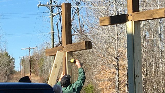 Crosses repaired at Bessie Road Baptist (Jan. 30, 2018/FOX Carolina)