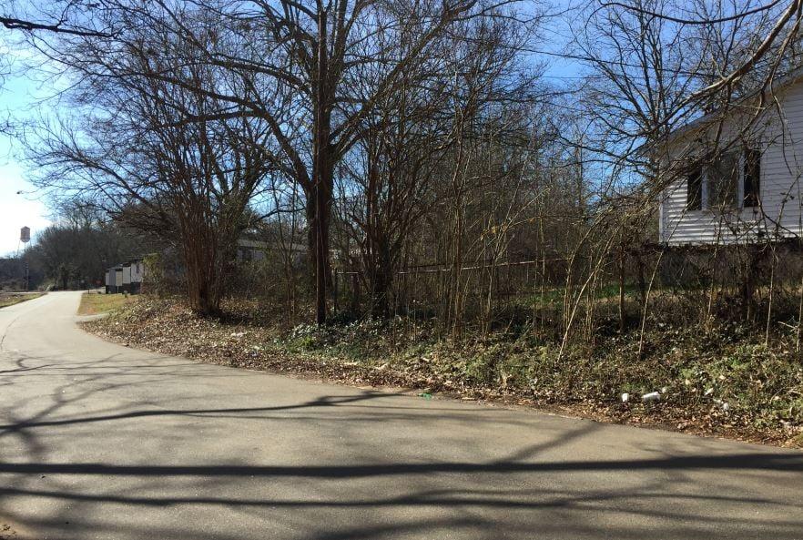 Area near where deputies said the body was discovered (FOX Carolina/ Jan. 31, 2018)