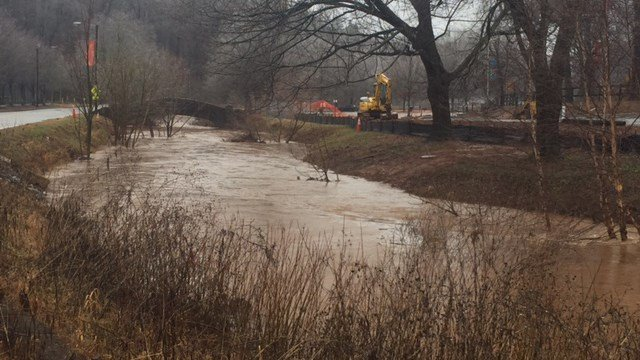 Flooding shuts down Cleveland Park and Swamp Rabbit Trail. (2/4/18 FOX Carolina)