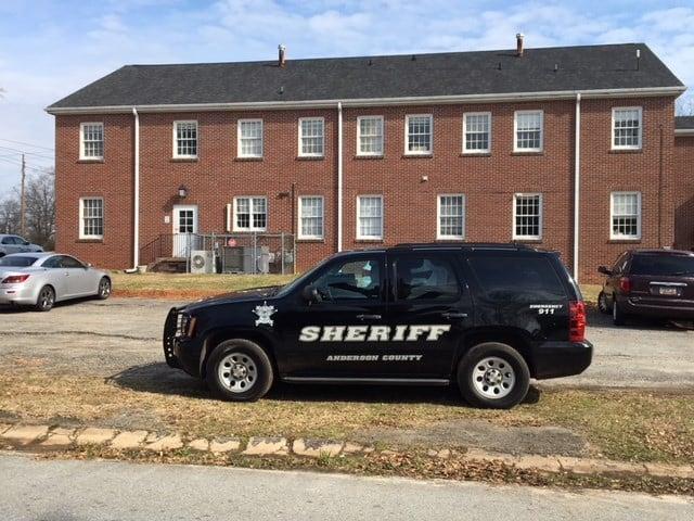 Deputies investigate report outside church (Feb. 6, 2018/FOX Carolina)