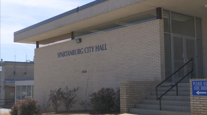 A Spartanburg City Council committee is taking a look at potentially amending the city's animal ordinance (FOX Carolina: 2/9/2018).