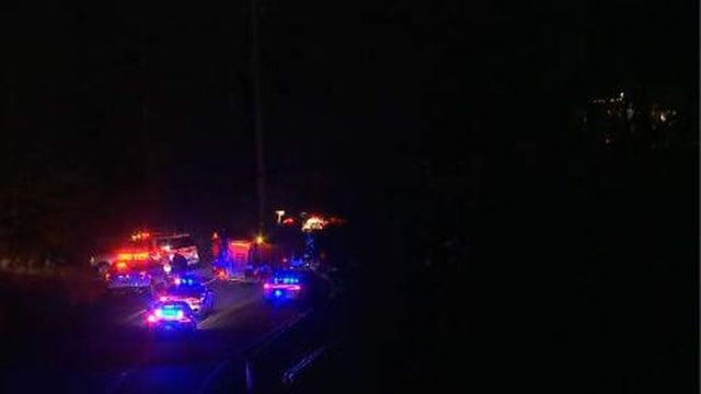 Law enforcement on scene of fatal crash in Greenville (FOX Carolina/ 2/9/18)
