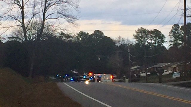 Scene of SWAT situation on Valley Falls Road (FOX Carolina/ 2/16/18)