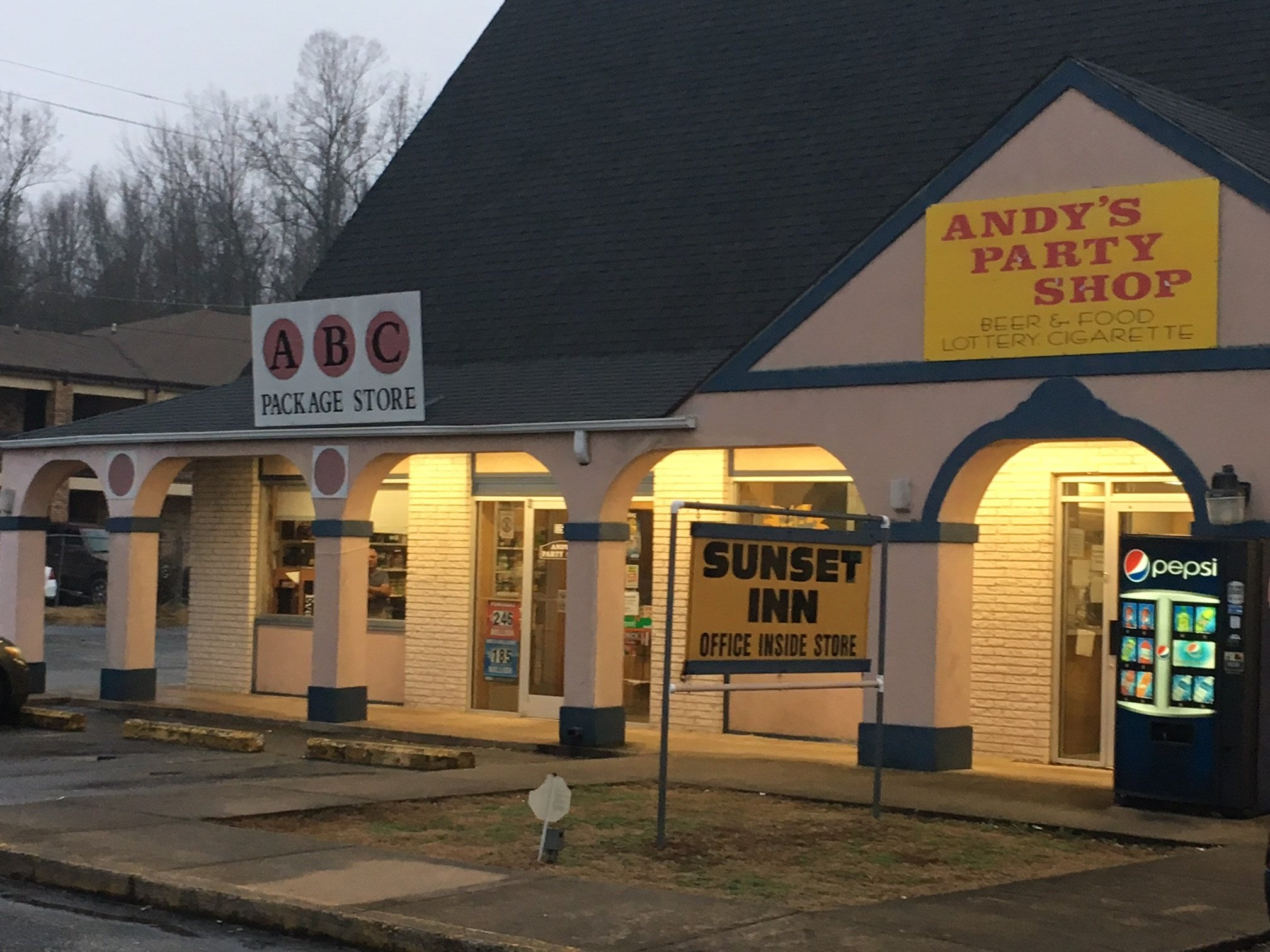 Andy's Party Shop (Source: FOX Carolina)
