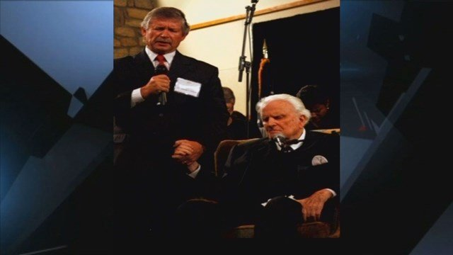 LISTEN: Interview with Pres. Billy Graham's personal pastor