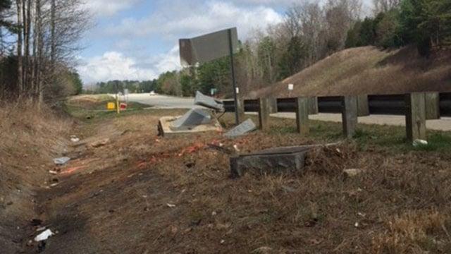 Scene of fatal Laurens Co. crash (FOX Carolina/ 2/23/18)
