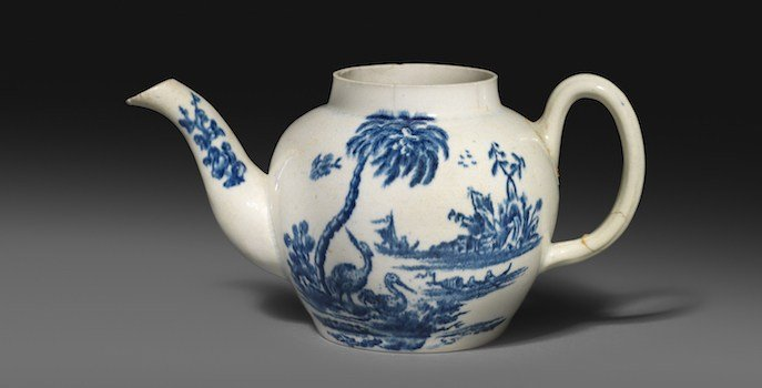 John Bartlam teapot (Source: Woolley and Wallis)