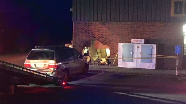 Troopers investigating after vehicle crashed into Spartanburg Co. Dollar General (FOX Carolina/ 3/7/18)