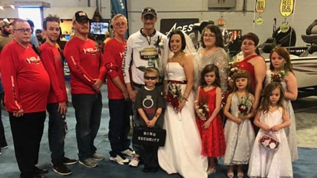Couple married at Bassmaster Classic. (Source: Amber Straight)