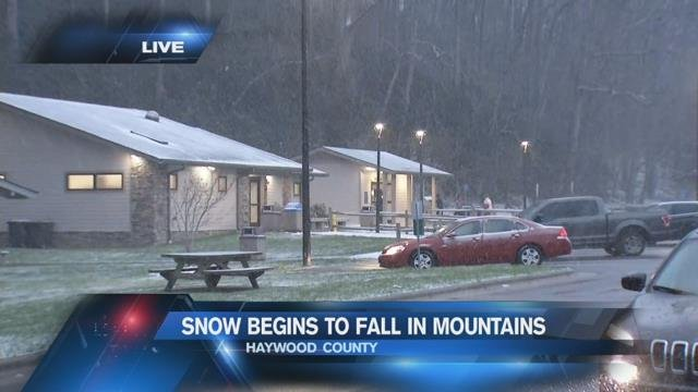 Winter makes one more show with snowfall in Mountains