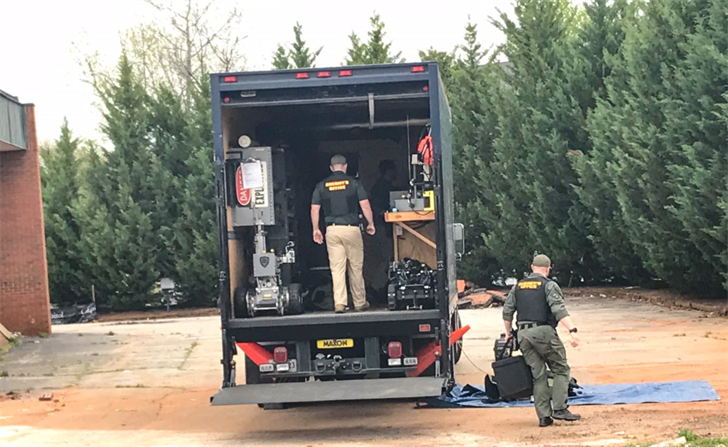 Bomb squad outside FOX Carolina (Apr. 6, 2018/FOX Carolina)