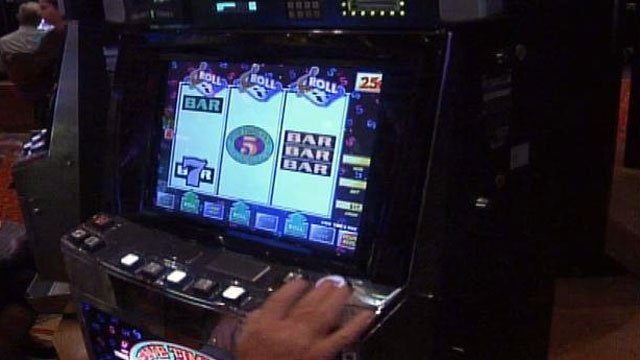 A player uses a video gambling machine at a casino in North Carolina. (File/FOX Carolina)