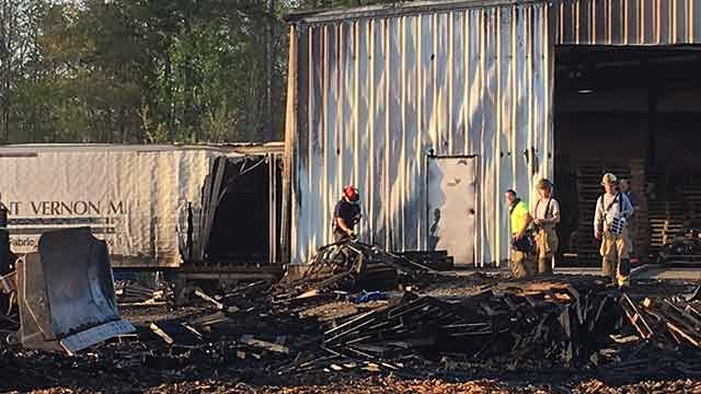 Crews respond to fire on Cobb Road. (FOX Carolina/April 12, 2018).