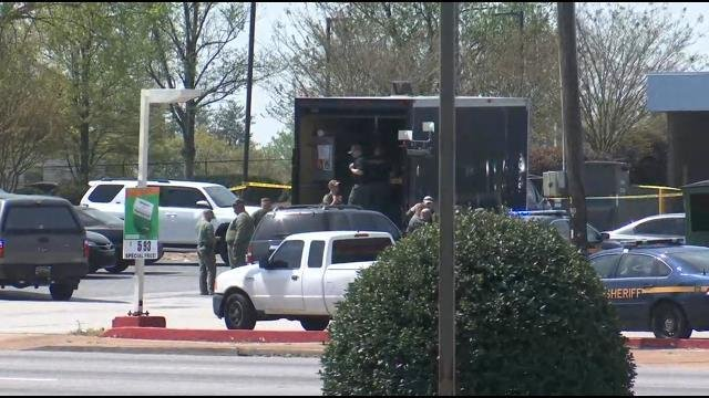 Bomb squad at Wells Fargo on White Horse Road (April 13, 2018)
