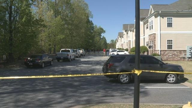 Shooting death investigation involving suspected burglar (FOX Carolina/ April 20, 2018)