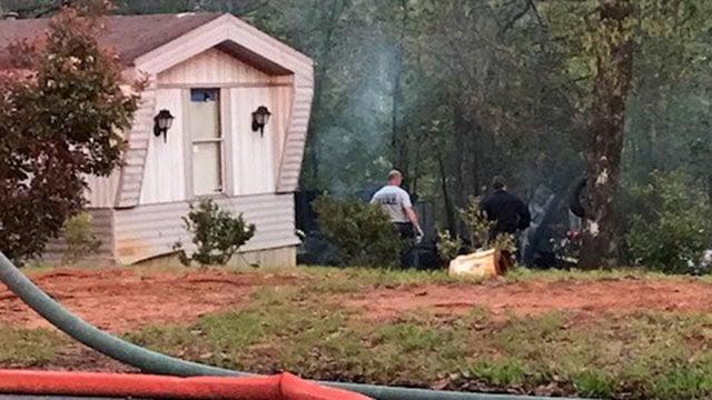 Scene of fire in Greenville Co. (FOX Carolina/ 4/20/18)