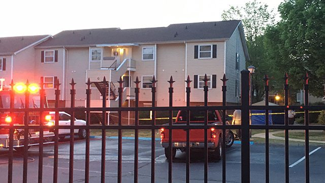 Crews respond to fatal fire in Greenville (FOX Carolina/ 4/27/18)