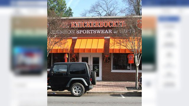 Mr. Knickerbocker store (Source: Mr. Knickerbocker Facebook)