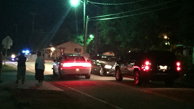 Coroner, police, deputies investigating possible homicide in Jonesville (FOX Carolina/5/13/18)