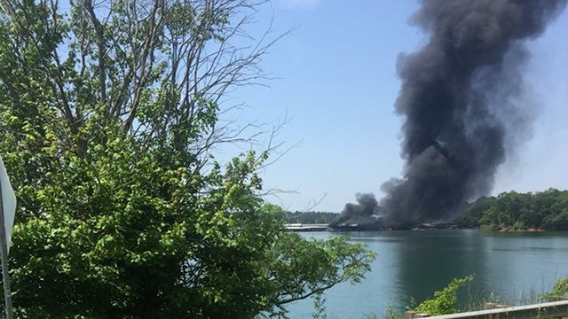 Boat fire in Anderson (Source: Joel Gilbert)