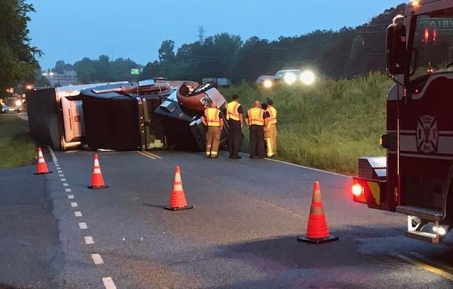 Overturned tractor trailer in Spartanburg County (FOX Carolina/ May 18, 2018)