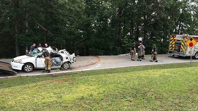 Scene of fatal collision on McNeely Road at SC 153. (FOX Carolina/May 20, 2018).