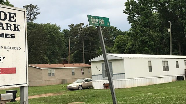 Scene of officer-involved shooting in Moore (FOX Carolina/ 5/20/18)
