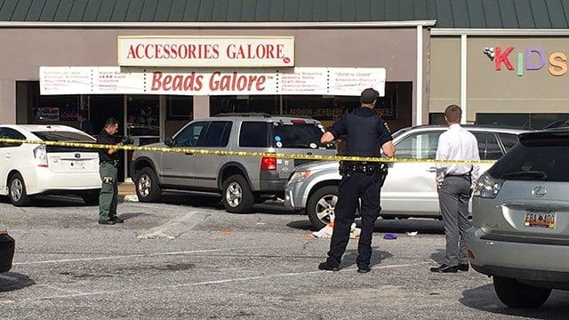 Scene of stabbing on North Pleasantburg Drive. (5/22/18 FOX Carolina)