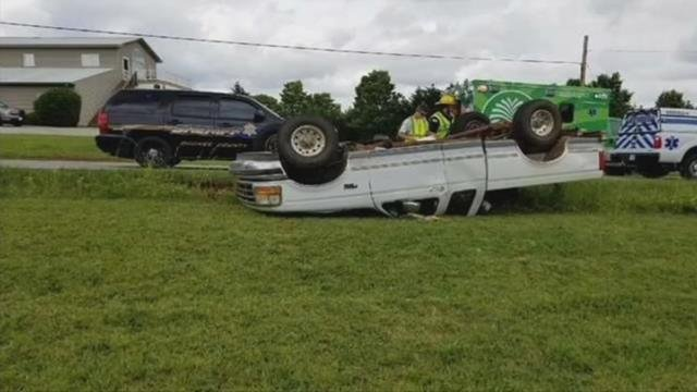 Strangers work together to get driver out of overturned truck in Oconee County