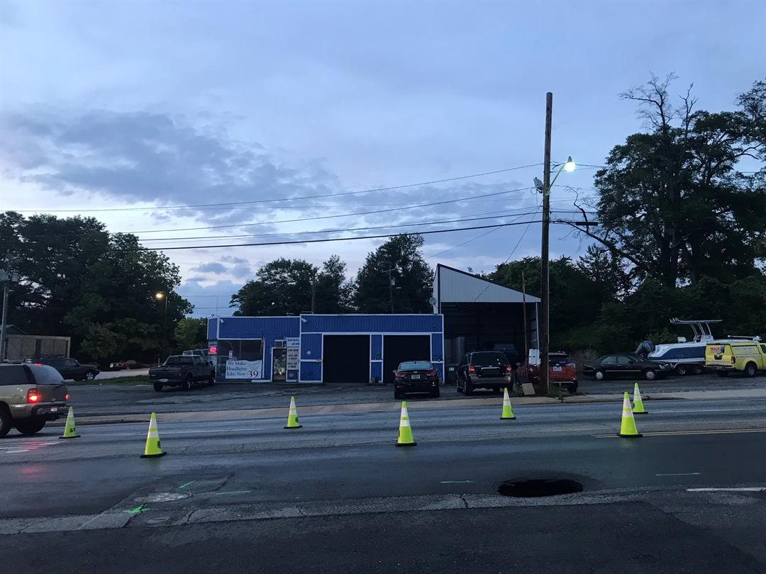 Sinkhole on Laurens Road (FOX Carolina/ May 23, 2018)