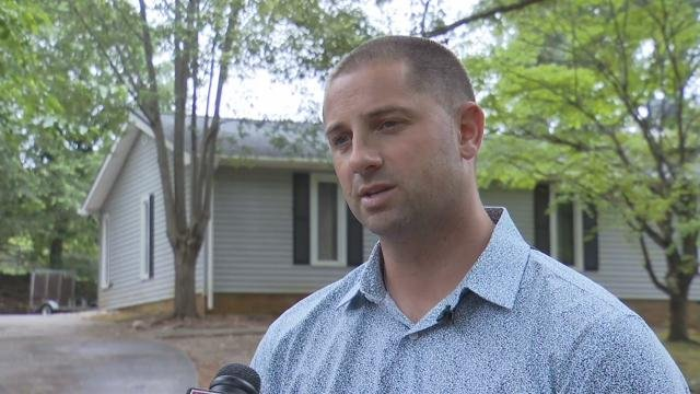 Deputies give update after SWAT standoff in Greenville Co.