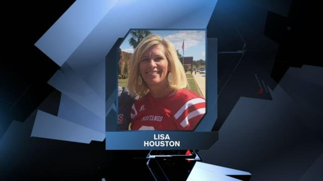 Palmetto High teacher Lisa Houston returning to classroom after video controversy