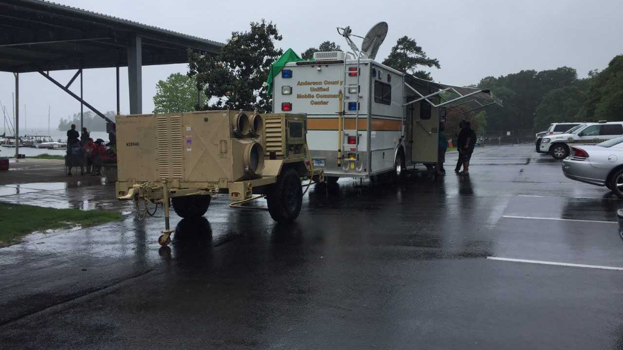 Crews on scene at Portman Marina. (FOX Carolina/May 28, 2018).