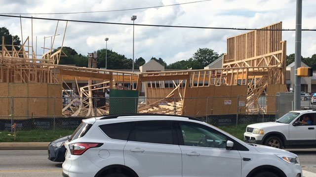 Sgt: Workers transported to hospital after collapse at new construction site in Mauldin (FOX Carolina/ 5/30/18)