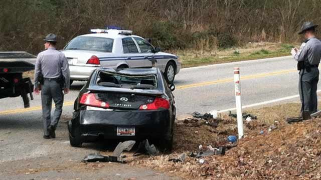 Hp state park rd blocked due to greenville co crash fox carolina 21 scene of the crash at state park road and taunya lane feb 9 publicscrutiny Images