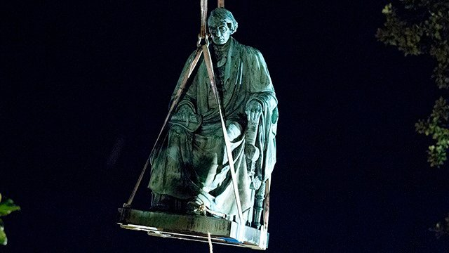 Confederate memorial removal (Source: Associated Press)