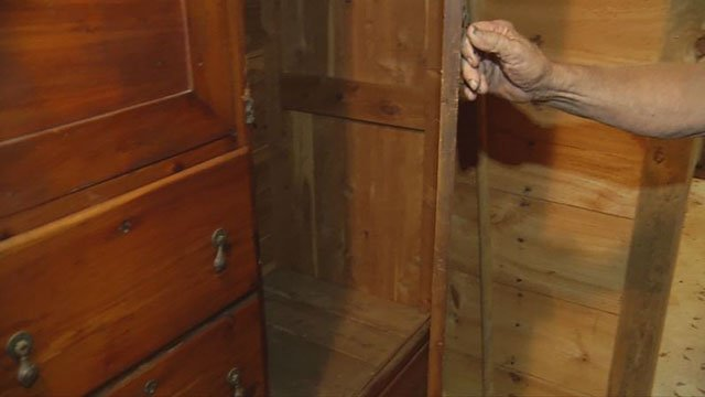 Wardrobe in which victim said stolen antique rifle was located (FOX Carolina/ 6/5/18)