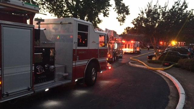 Fire at Anderson apartment complex (FOX Carolina/ 6/5/18)