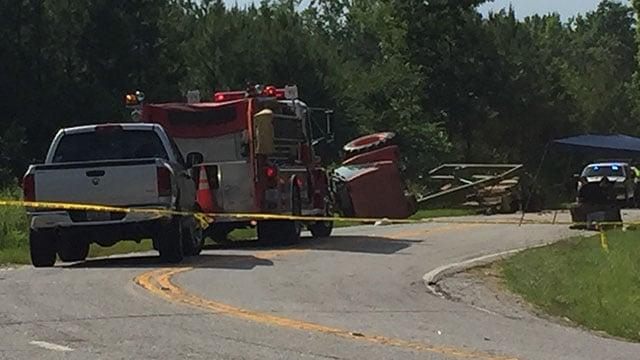 Scene of fatal crash on Flemming Mill Road (FOX Carolina/6/14/18)
