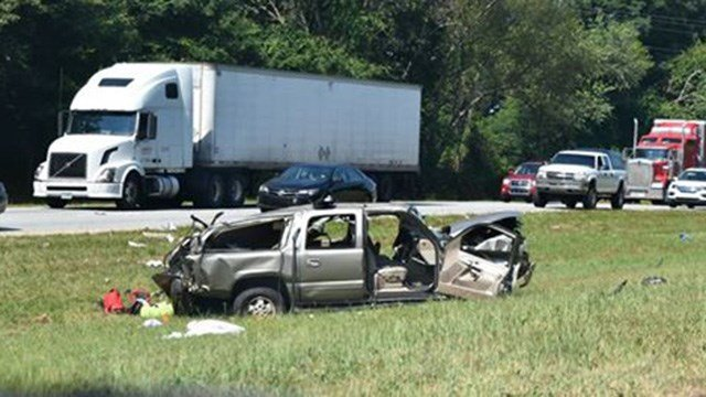Scene of fatal crash on I-85 in Anderson. (Credit: Katie Dipietro)